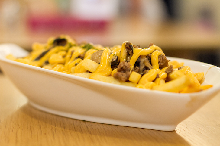 Happenstance Cafe Beef Fries | Vanillapup